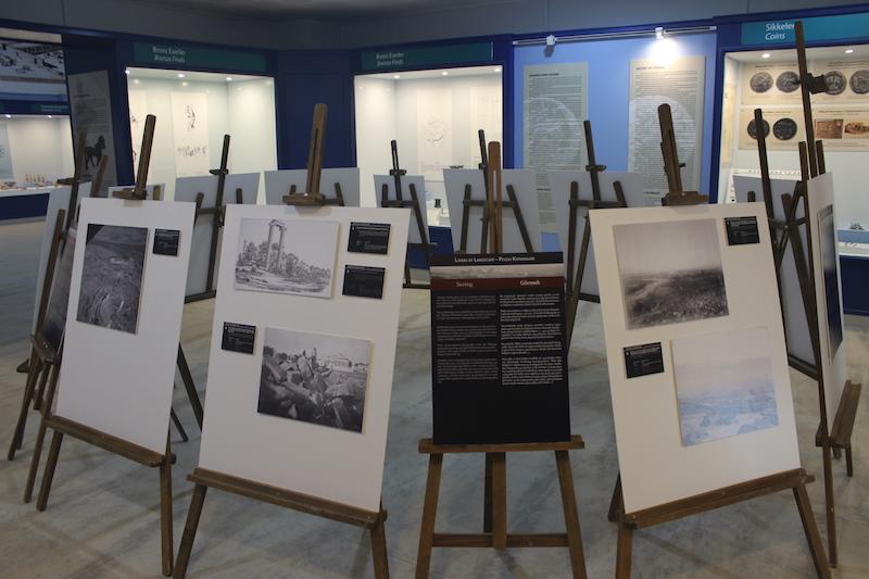 Milet_Exhibition_1